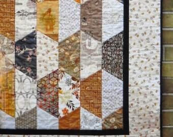 Quilt Pattern - Hexcentric by Johanna Masko
