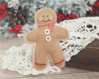 gingerbread man stuffie // newborn photo prop // Christmas Prop // baby photography // boy // girl // cookie cutter stuffie