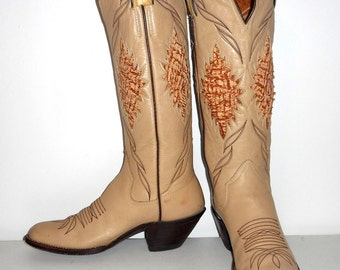 Womens 7.5 A Cowboy Boots Sanders Brand Narrow Country Western Boho Vintage Light Tan
