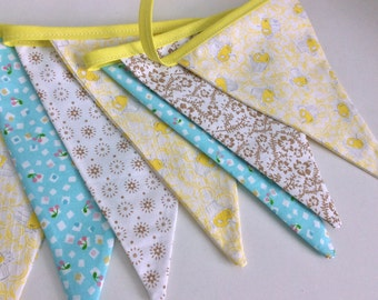 Spring pastel bunting - Shabby Chic, Fabric flag Garland, Wedding Bunting includes vintage fabrics