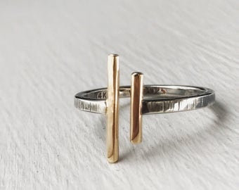 Lateral Ring - 14k gold and Sterling