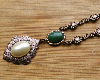 New World Noblewoman's Necklace