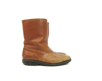Brown Leather Boots 80s SHERPA Lined Zip Up Snow boots Field and Stream Insulated Leather Cowboy Work Boots Men's size 9