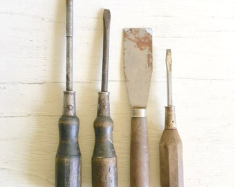Collection of Wooden Handle Tools Rusty Rustic Screwdrivers 4