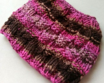 Womens or teen messy bun beanie, ponytail hat. Messy bun hat. Chunky soft yarn. Custom colors available. Gift for Valentine