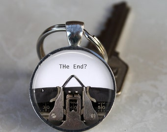 WRITER AUTHOR GIFT Vintage Typewriter The End Keychain English Major Graduation Gift Keyring