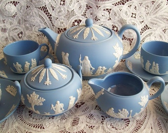 1960-70s Vintage 13 pc. Wedgewood Blue Tea Set, perfect condition.