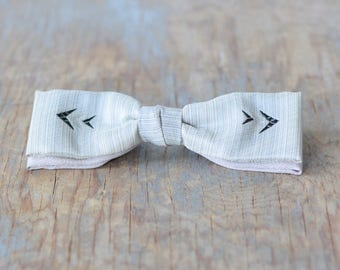 50s bow tie, vintage 1950s gray skinny bow tie, mid century Ormand NYC clip on bow tie