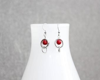 Boucle d'oreille, rouge, pierre semi precieuse, anneau métal, rond, idée cadeau, bijoux, bijou femme, bijoux de fantaisie, hypoallergène