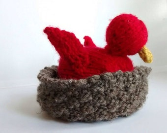 Hatching Baby Bird Topsy Turvy Knitted Toy with Nest