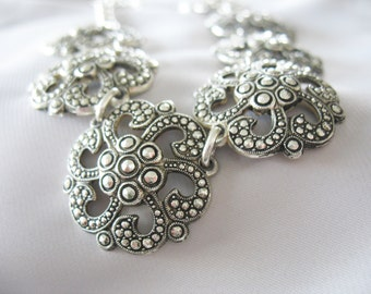 Medallion Necklace, Aluminum, Eloxal, Silvertone, 1940s, Germany, Faux Marcasite, Lightweight, Link Necklace, Flower Medallions