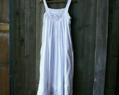 White Sleeveless House Dress Vintage From Nowvintage on Etsy