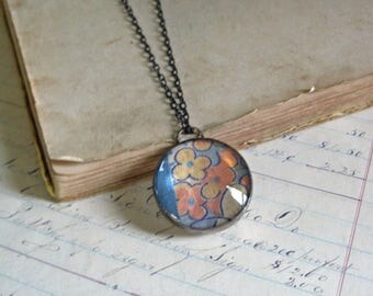 Retro Quilt Top Glass Long Necklace Stained Glass Jewelry