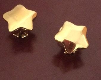 18k gold Italian star earrings - almost an inch across but so easy to wear