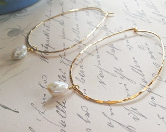 NEW! Freshwater Pearls And Hammered Nubrass Hoops