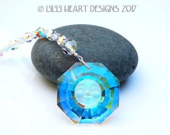 m/w Swarovski Crystal Limited Edition Smiling Sun Face on 30mm AB Faceted Prism Rainbow Maker Suncatcher Car Charm Lilli Heart Designs