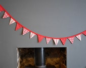 Christmas Tiny Bunting. Christmas Garland. This is a lovely 2m strand of gorgeous Christmas Bunting.