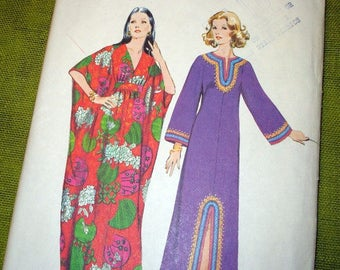 Simplicity 5315   Size 8-10    Misses Caftans.     1972 Sewing Pattern