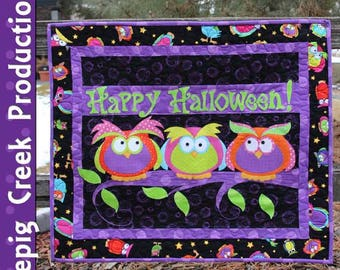 Halloween Hooters Wall Hanging - PDF