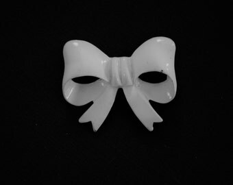 Vintage White Enamel Kawaii Bow Brooch- Mid Century Magical Glam
