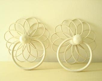 2 rattan towel rings, vintage cream white wicker, flower power style, kitchen or bath decor, 1950-60s wall hooks, whimsical bath towel rings