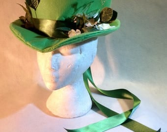 Unique OOAK Very Beautiful Summer Green Felt Fancy Top Hat, small