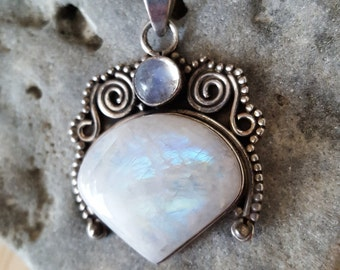 SUPER SALE...Breathtaking Balinese Large Rainbow Moonstone Sterling Silver 925 Pendant. Moonstone 925 Pendant. Large Moonstone 925