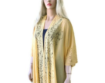 Soft yellow Bohemian Lace Kimono -Corn yellow-Fringe kimono cardigan-Oversize kimono-Ruana style
