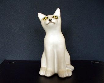 Cat Figurine POD of Edgecomb Pottery Vintage