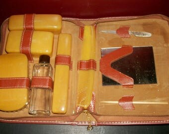 Vintage Travel Grooming Kit Travel Containers Shaving Toothbrush Mirror