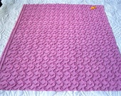 "Raspberry Cabin Crafts Squiggle Pattern Vintage Chenille Bedspread Fabric 25"" x  21"""