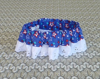 """Patriotic Dog Ruffle Collar -  Tossed Stars Dog Scrunchie Collar with white eyelet lace - Size M: 14"""" to 16"""" neck"""