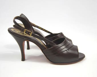 1950s - 60s Chocolate Brown Heels / Sling Back Open Toe size 8 AAA // Unworn All Leather - Early 1960s