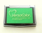 Ink Pad VersaColor Fresh Green No. 22 | Pigment Ink | Acid-free | Embossing | Green | Green Stamp Pad