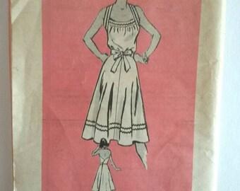Vintage Printed Pattern 4645 Back Wrap Dress Size 12