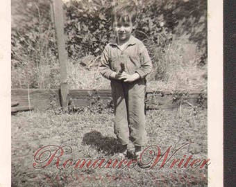 F10203 Vintage Photo of a Cute Young Boy