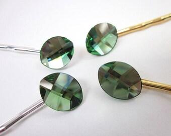 Green Hair Pin -- Light Green Hair Accessory -- Leaf Hair Pin -- Green Bobby Pin -- Swarovski Bobby Pin -- Green Swarovski Hair Pin