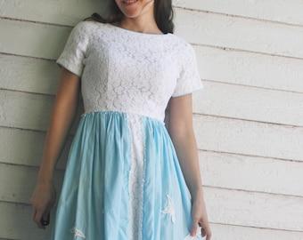 50s White Lace Dress Blue Cotton XXS 23 waist Vintage