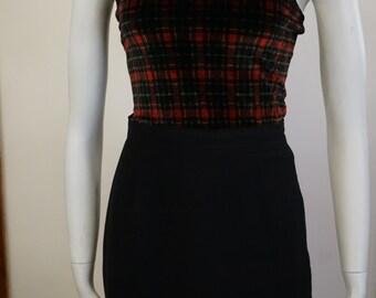 Vintage Quinta Classe Pour Femme Red and Black Plaid Checkered Patterned Velvet Blouse Top Halter top Singlet