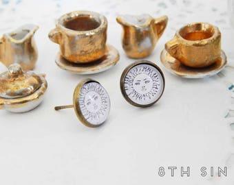 Antique Bronze Sun Stud Earrings, Bronze Sun Earrings, White Sun Earrings, Sun Face Earrings, Sun Cameo Earrings, Smiling Sun Earrings
