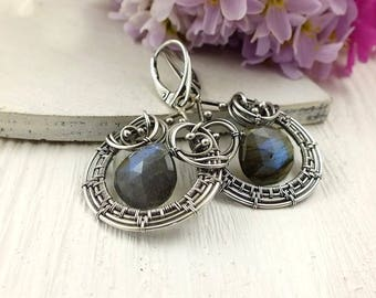 Labradorite earring, wire wrapped jewelry, gemstone fine jewelry, sterling silver earring