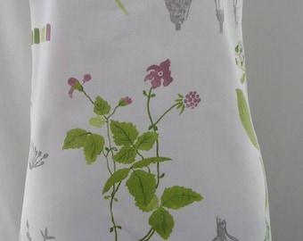 Full Apron, Spring Garden Apron, Bridal Shower Gift, Florist, IKEA