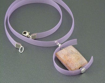 Pink Cracked Agate Rubber Ribbon Pendant