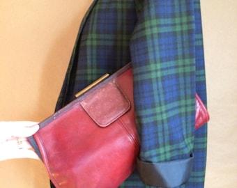 WEEKEND SALE! vintage 1970's 70's leather handbag / clutch / purse / distressed / boho bohemian 70's