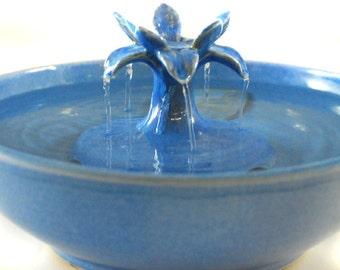 """Cat Water Fountain - """"Sky Lotus"""""""