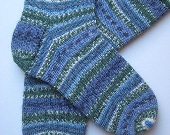 hand knitted mens wool socks, UK 9-11 US 10-12, fairisle mens socks, blue green patterned socks, unisex socks, unique knitted socks, uk made