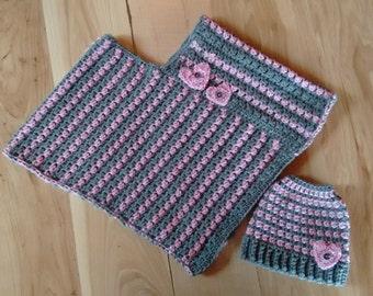Crocheted Poncho w/Hat Set, Crochet Kids Poncho, Childs Poncho, Hand Crocheted kids Poncho Set, Poncho & Messy Bun Hat Set, Poncho Set