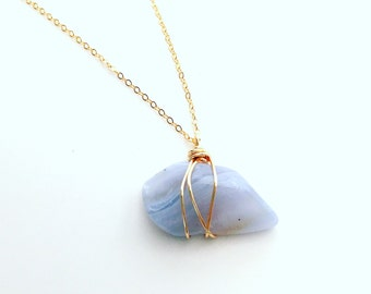 Agate necklace, Light blue Necklace, Healing Gemstone Necklace, Spiritual Necklace, Meditation Necklace