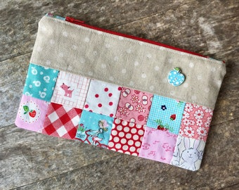 Patchwork Pouch, Pencil Pouch, Zippered Pouch, Scrappy Patchwork Pouch, Mother's Day Gift, Gift Idea, Graduation Gift