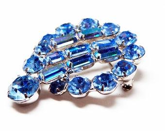 Blue Rhinestone Brooch - Signed Weiss Pin - Blue Aurora Borealis Baguettes - Prong Set Blue Rhinestones - Designer Signed 1950s Era Brooch